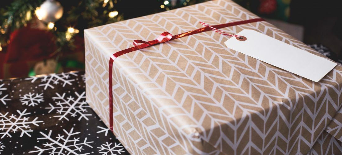 Holiday Gift Ideas: Beauty, Local Business & Food